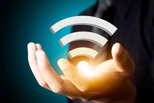 lắp đặt wifi cáp quang fpt