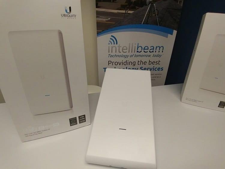Thiết bị phát sóng wifi chính hãng UniFi UAP-AC-Mesh-Pro